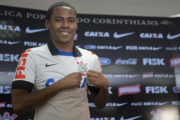 Elias retorna ao Corinthians