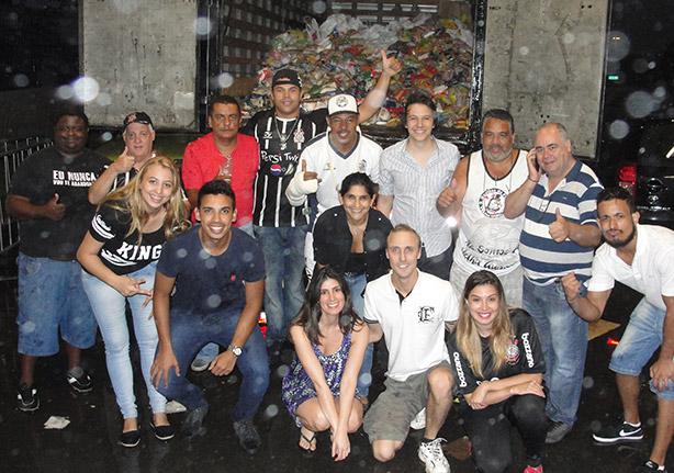 Caminhão de alimentos na Arena Corinthians