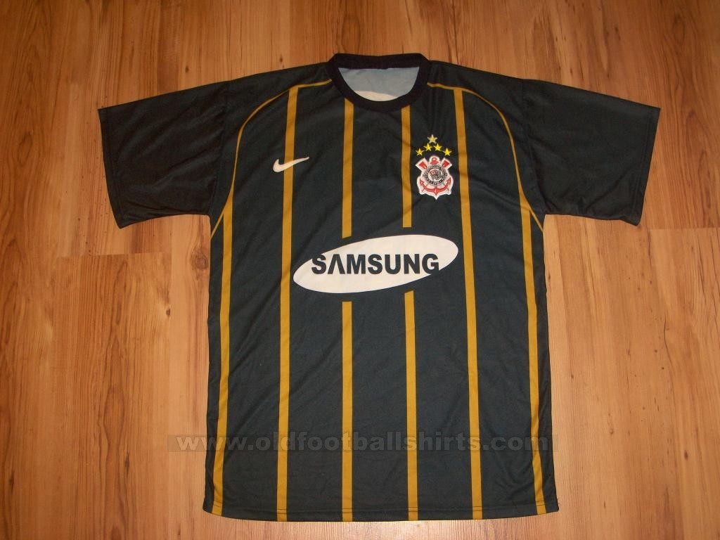 ff140df730 A terceira camisa mais bonita do Corinthians!
