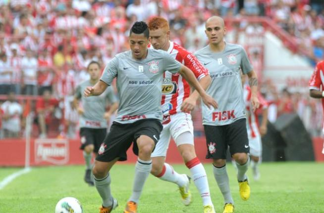 Brasileir�o 2012 - N�utico 2x1 Corinthians