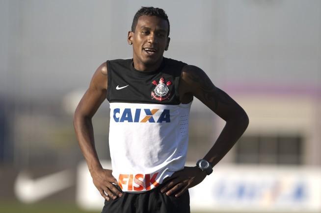 Eden�lson Andrade dos Santos