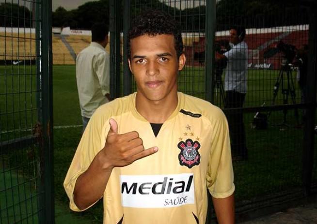 Leandro Aparecido Oliveira da Silva