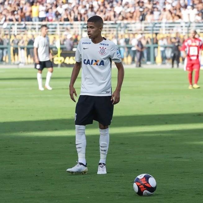 Vitinho, Meia-atacante Do Corinthians