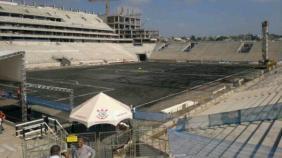 Gramado da Arena Corinthians ganha vers�o na cor cinza para receber comitiva da Fifa