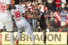 No �ltimo duelo, Danilo marcou o primeiro gol da vit�ria alvinegra por 2 a 1