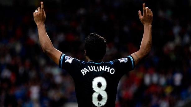 Paulinho já pode sair do Tottenham