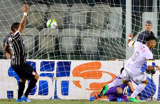 Corinthians teve atua��o lament�vel no cl�ssico