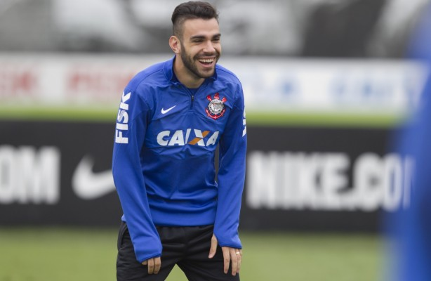 Bruno Henrique no treino do Corinthians
