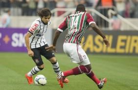 Corinthians empata com Fluminense na Arena e segue no G-4