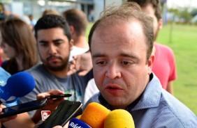 Ronaldo Ximenes atualiza o torcedor sobre as negocia��es do Corinthians