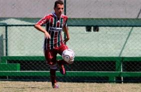 Tim�o contrata jovem revela��o do Fluminense
