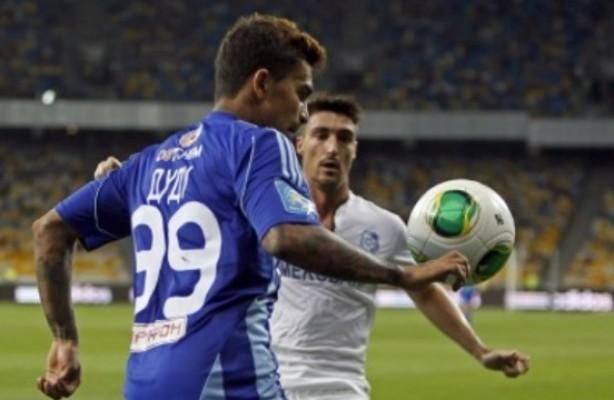 Corinthians pode contratar meia do D�namo de Kiev, diz jornalista