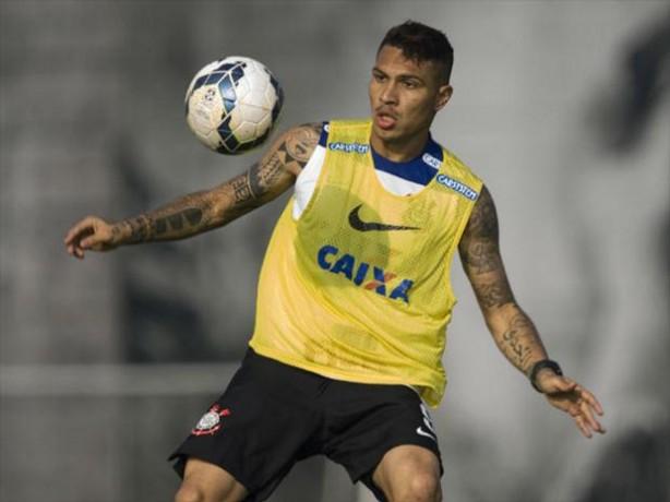 Dois clubes europeus mostram interesse em Paolo Guerrero