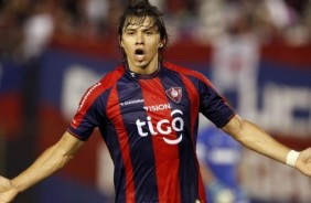 Corinthians deve acabar desistindo de �scar Romero