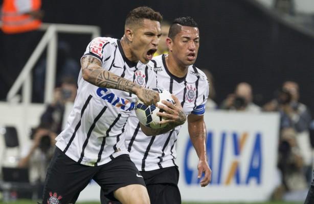 Guerrero decide novamente e Corinthians vence o Gr�mio na Arena