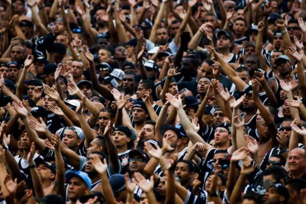 Estudo mostra que Corinthians n�o recebe t�o bem quanto deveria de TV