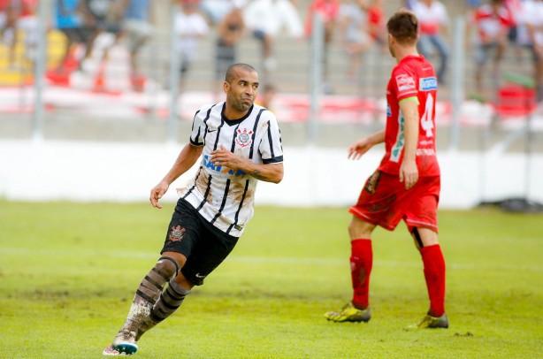 Sheik marcou o primeiro gol da partida