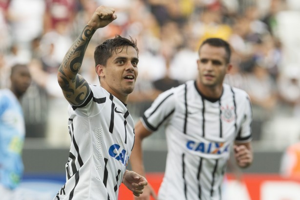 Renato Augusto marcou o gol do Corinthians na partida