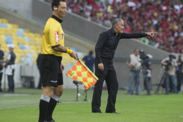 Tite defendeu atua��o do atacante V�gner Love neste domingo