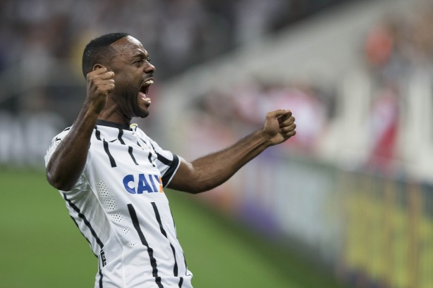 Love comemora boa fase no ataque do Corinthians