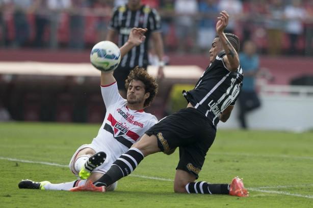 Luciano foi o autor do gol corinthiano