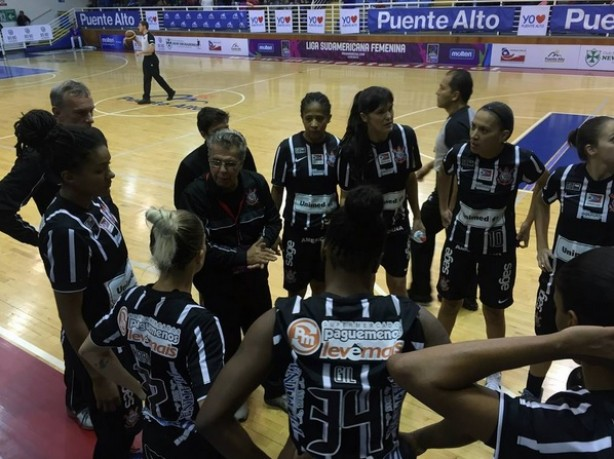 Corinthians/Americana disputa final do Paulista de Basquete neste s�bado