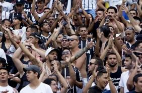 T�tulo motiva e Corinthians bate novo recorde de s�cios no programa Fiel Torcedor