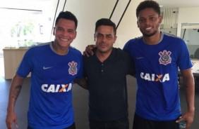 Corinthians ainda tem seis atletas para inscrever no Paulist�o