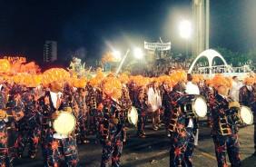 Gavi�es da Fiel fecha o primeiro dia de desfile com bela apresenta��o no Anhembi