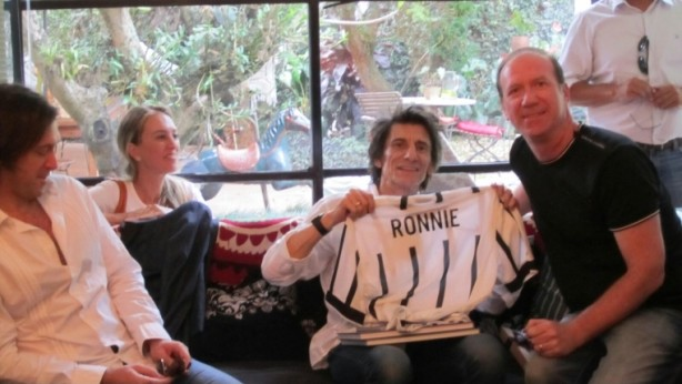 'Ronnie' ganhou a camisa do Corinthians neste domingo