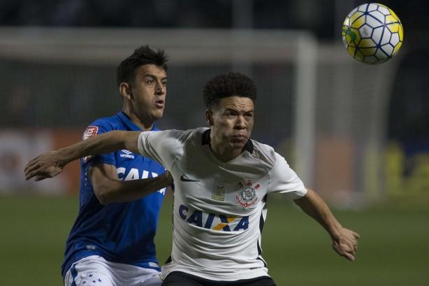 Corinthians e Cruzeiro empataram em 1 a 1