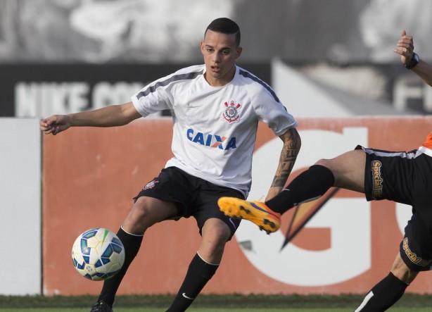 Com Arana recuperado, Carille ensaia o Corinthians com Clayson entre os titulares