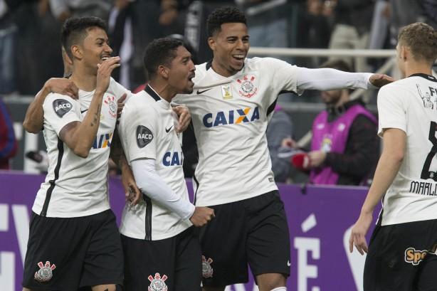 Corinthians voltou com tudo no segundo tempo e goleou o Sport na Arena