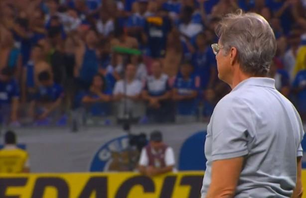 Oswaldo fez seu primeiro e último jogo comandando o Corinthians na Copa do Brasil