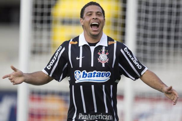Ronaldo Fenômeno busca parceiros ao Corinthians e pode ganhar cargo