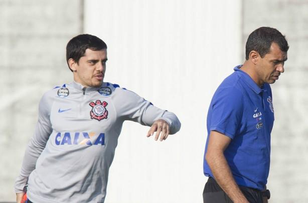 Corinthians corre por burocracias e quer Jadson na Arena já nesta quarta