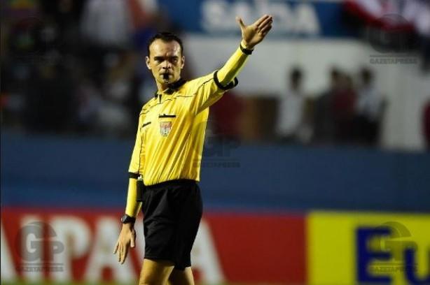 Red Bull tem até goleiro expulso, mas segura Corinthians no Itaquerão