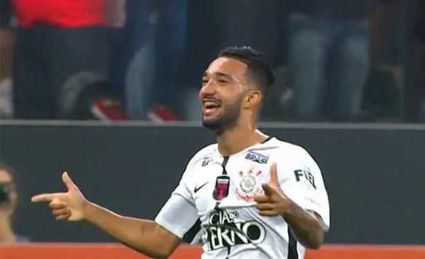 saindo do banco clayson marcou o quarto gol em 8v Timão 58 pontos, Clayson 2 gols. E agora, Santos?
