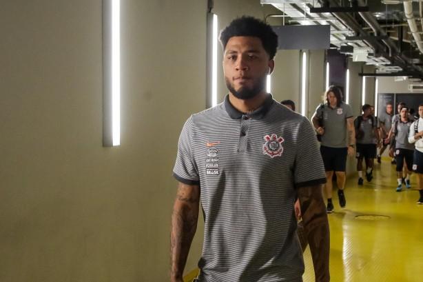Corinthians vence o Avaí e fica ainda mais perto do título