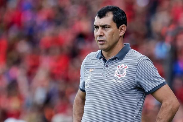 Corinthians acerta com Renê Júnior e Júnior Dutra para 2018