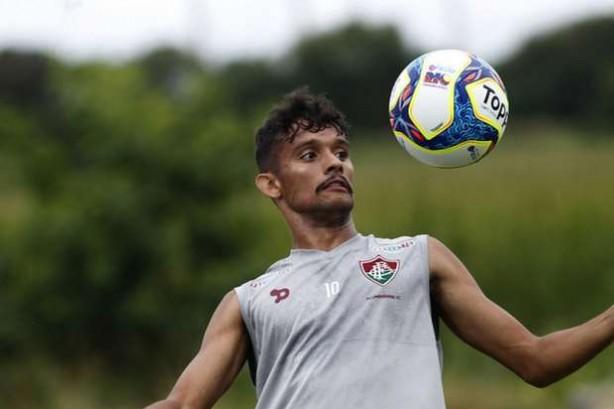 Fluminense sobre ação de Scarpa: 'Lamentamos que tenha optado por este caminho'