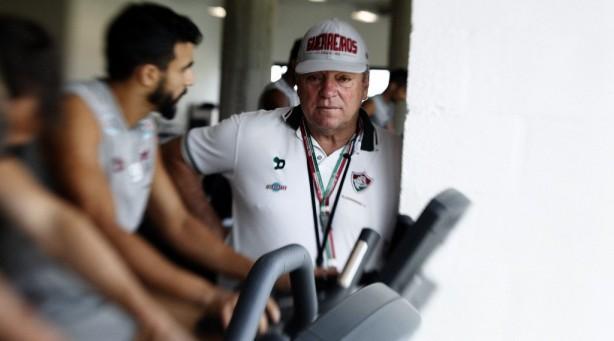 Presidente diz que Timão desistiu de Henrique Dourado