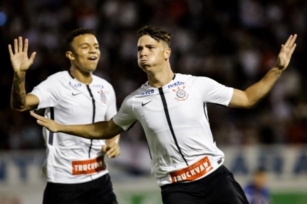 Avaí elimina Corinthians e avança às quartas de final da Copinha
