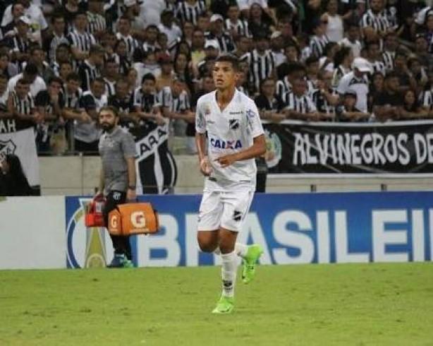 Corinthians anuncia contratação do atacante Matheus, artilheiro do Brasil em 2018