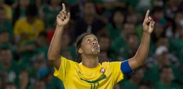 Ronaldinho Gaúcho procura um novo clube