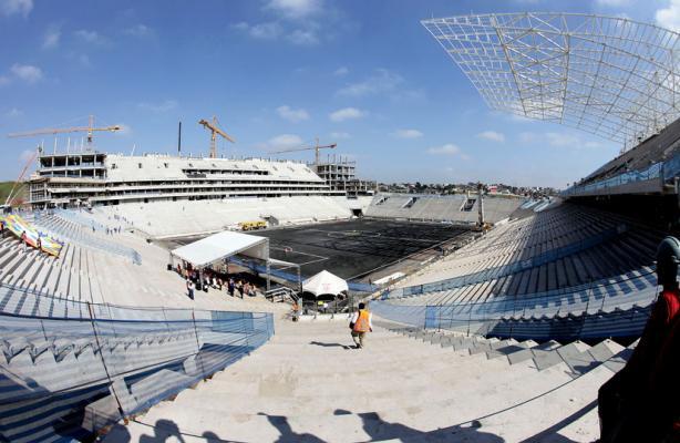 Arena Corinthians em fevereiro de 2013
