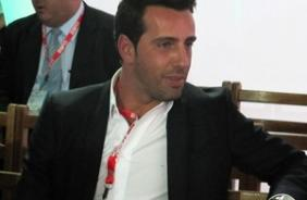 Edu Gaspar vai vistoriar depend�ncias no Jap�o