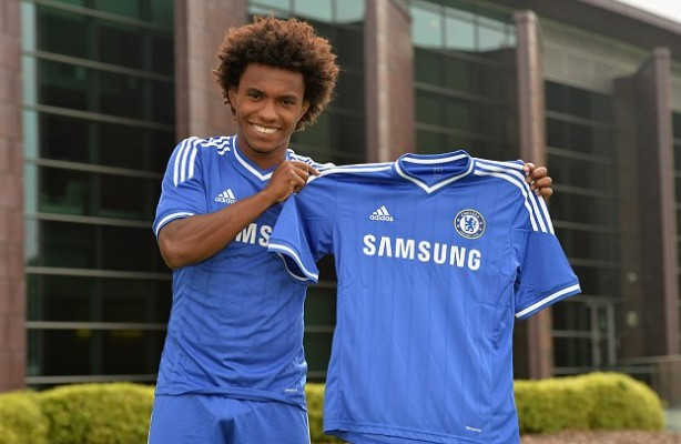 Formado no Corinthians, Willian hoje joga no Chelsea