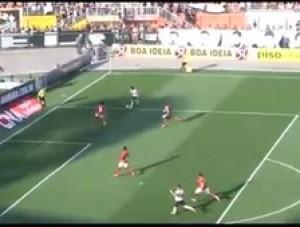 Corinthians goleia e faz 4 a 0 no Flamengo