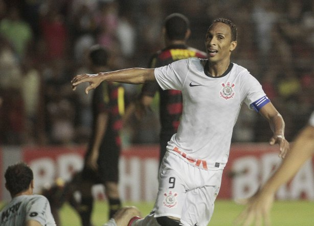 Liedson será homenageado pelo Corinthians, no domingo